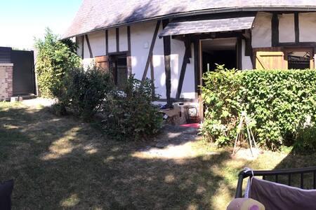 Charmante petite maison normande - Maison