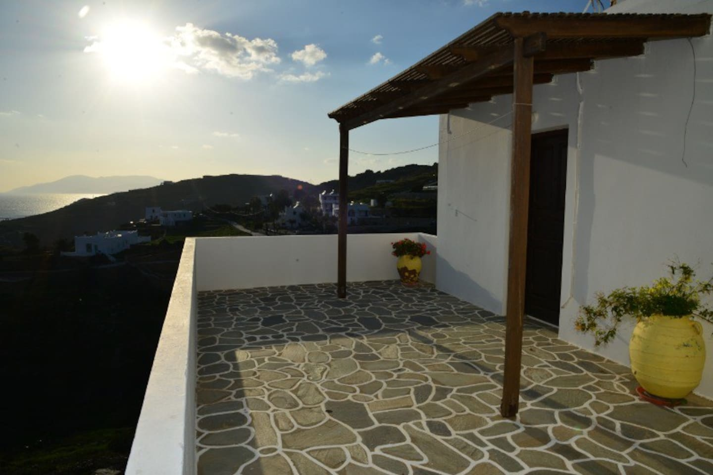 Welcome to Ios Island and to our studios with unlimited view