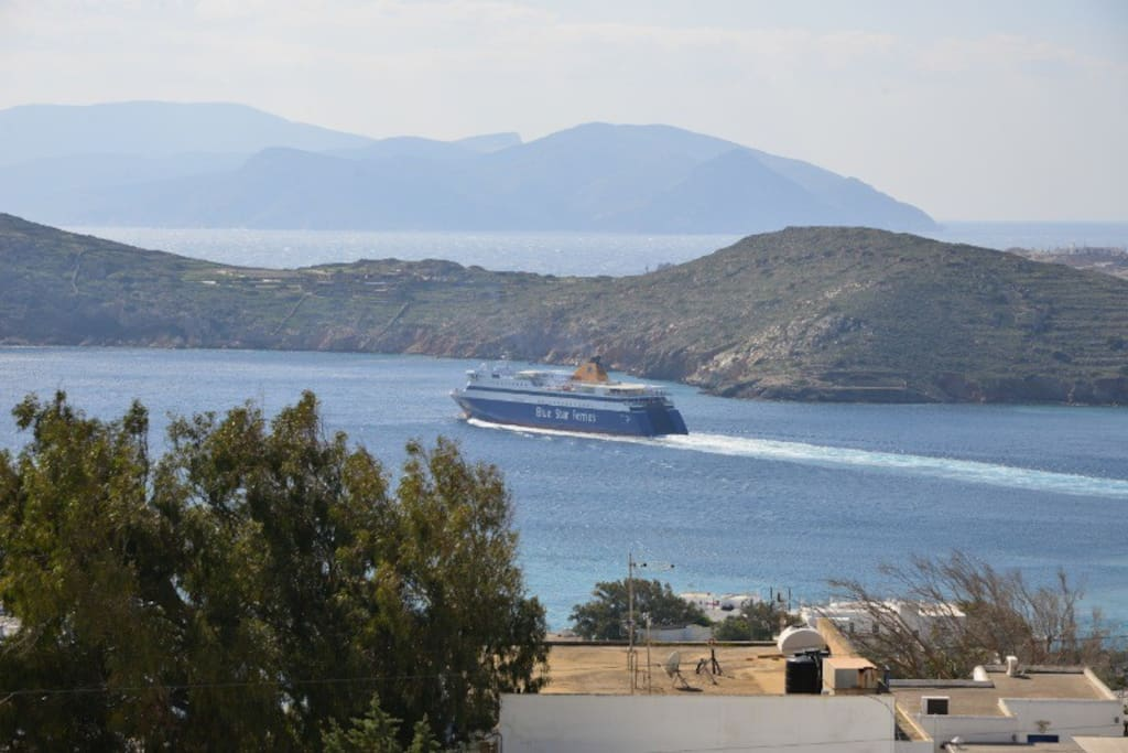 The beautiful natural port of Ios
