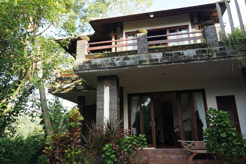 Villa Beji 2BR  with  infinity pool