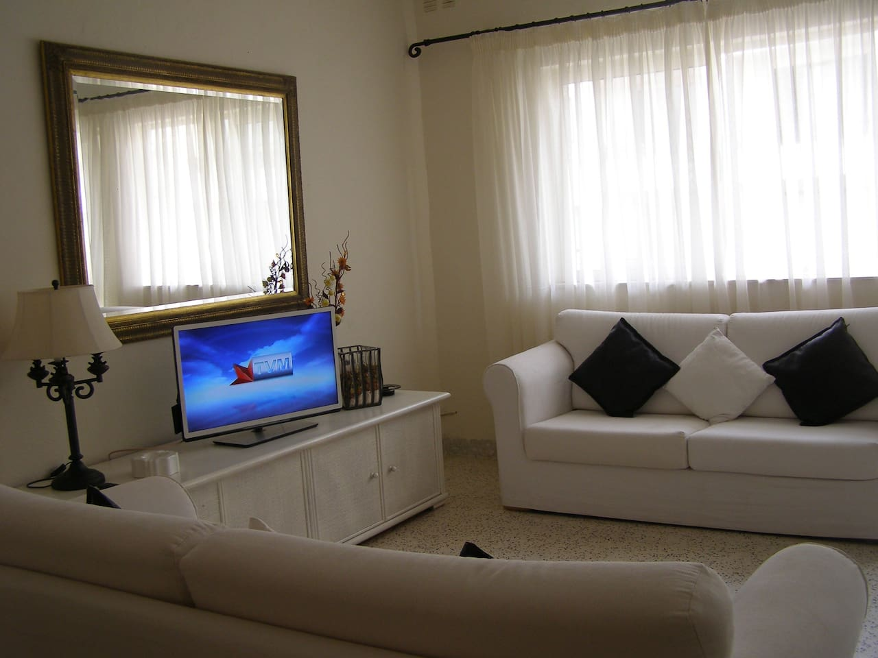 Large & Well Equipped Apartment