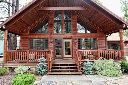 Beautiful Mountain Retreat - Pinetop - House