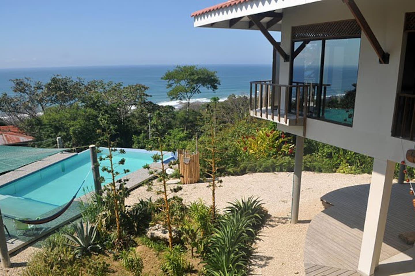 The  House and the great views of Ocean and Pool