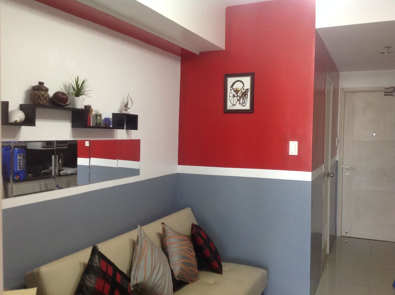 Enjoy this fully furnished unit that will make your vacation in the Philippines one that shouts 'home sweet home.'
