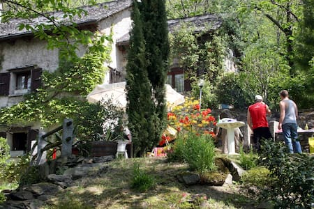 Märchenhaftes Rustico in ruhiger Umgebung - Haus