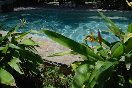 Best location in Escazu/heated pool - Lakás