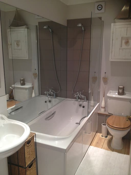 Own private bathroom with mains shower