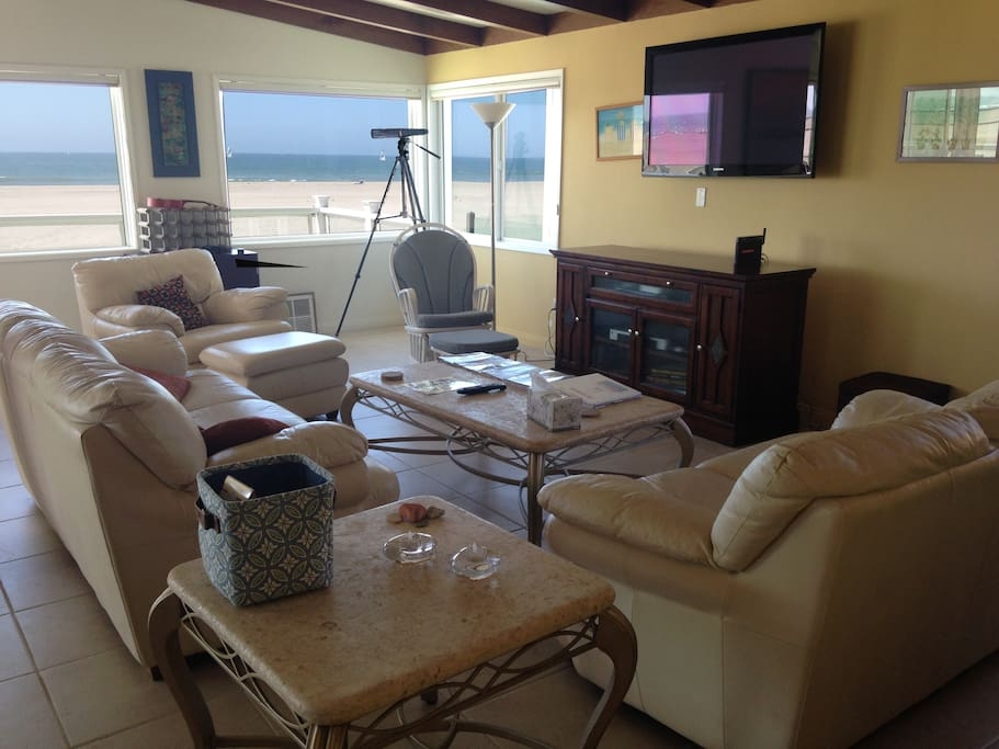 Living Room with Beach views