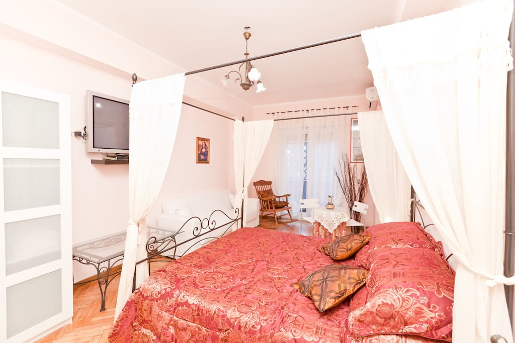 Giulia's Home Bed & Breakfast