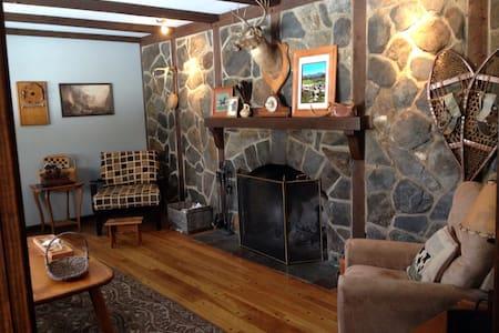 Beautiful 6 Bedroom Lodge