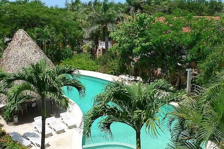 Great 3BD condo nr The Beach - BL01