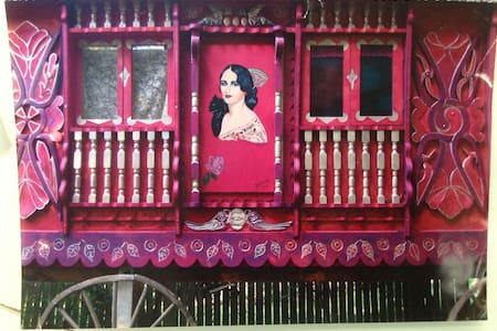The Gypsy Caravan - Bed & Breakfast