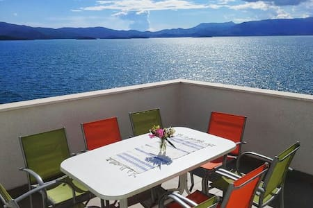 Best sea view apartment 6 persons - Apartment