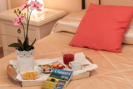 Soggiorno per 2 in B&B ai piedi di Assisi - Bastia Umbra - Bed & Breakfast