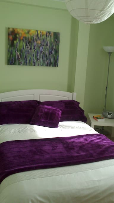 Very comfortable double bed for a great nights sleep!