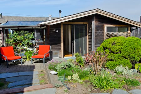 Knix's Cabin at Salmon Creek - Bodega Bay - House