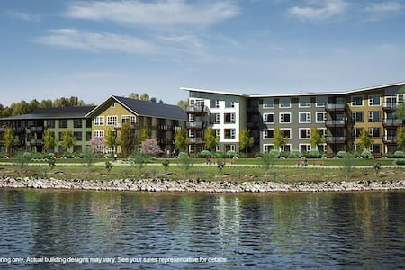 Executive Waterfront Condo-Fort Langley, Vancouver - Osakehuoneisto