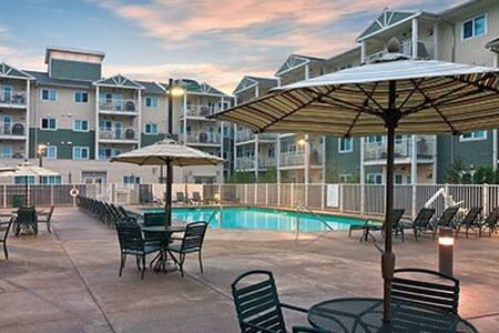 Long Beach Gorgeous 1 BDR K/Q For 4 - Wohnung