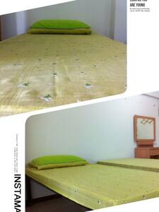 phisit blind massage room for rent - House