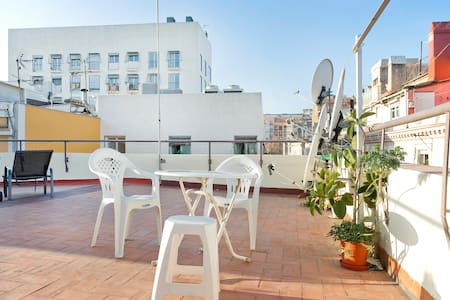 Top-floor flat  with a big private - Barcelona - Apartment