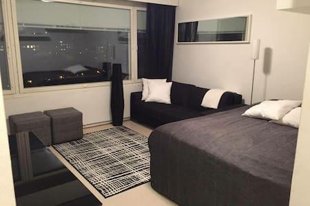 Private studio in the city centre - Wohnung