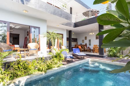Bali Authentic - 4 BR Villa