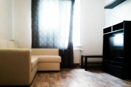 Уютная комфортабельная квартира на Обском море - Wohnung