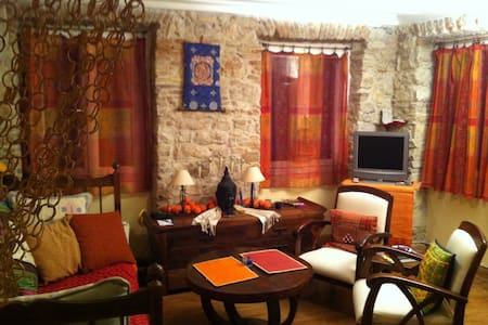Renovated 2 room flat in the historical center - Daire