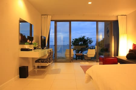 The Deluxe with a Jacuzzi Seaview - Ko Lanta Yai - Bed & Breakfast