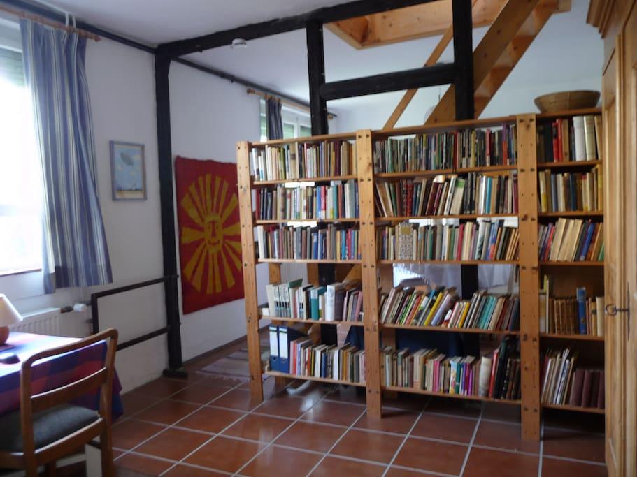 die skandinavische Bibliothek