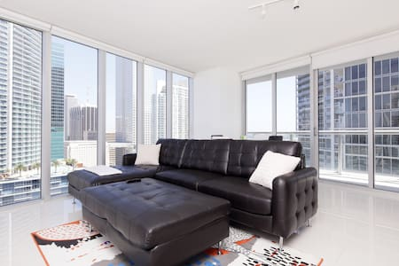 Amazing Luxury 2br Condo at Viceroy