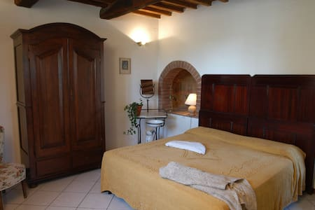Historic Apartment in the Chianti - Lejlighed