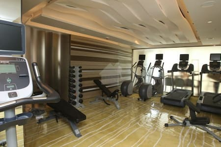 Studio for 2-6pp MTR Pool Gym Sauna - Apartment