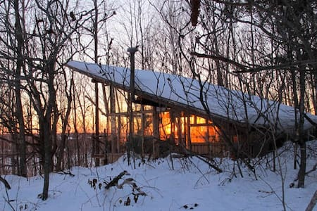 CABIN PERCHED on escarpment band - Plantagenet - Bungalo