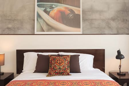 Stylish Digs in the ♥ of Bangkok! - Bangkok - Bed & Breakfast