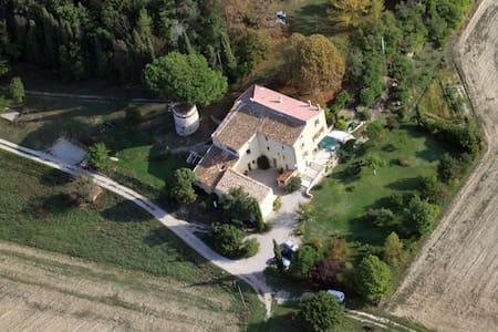 gîte  3 chambres dans le Luberon  - Lurs - Rumah