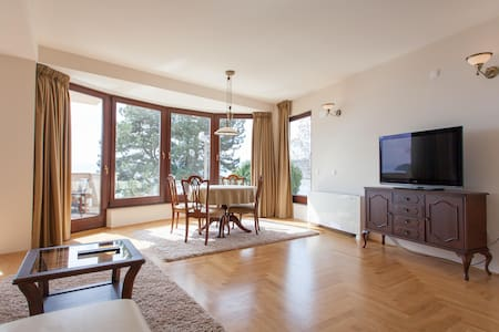 Cozy apartment by the Ohrid Lake - Villa