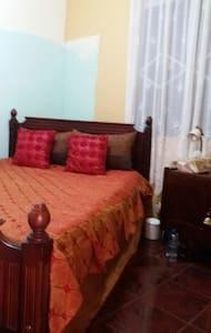 Chambres dans maison floreal.9 - floreal