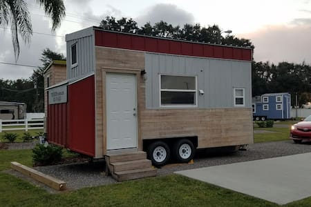 NEW Lakeview Legoland Tiny House boats included! - Winter Haven - その他