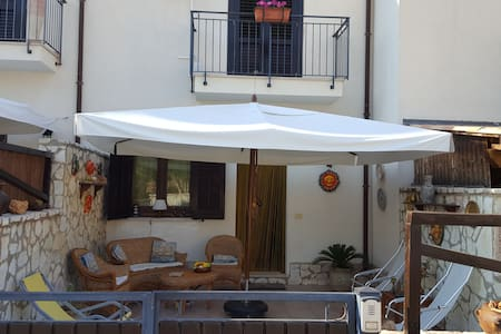 Villetta vizzini sicily - Custonaci - Haus