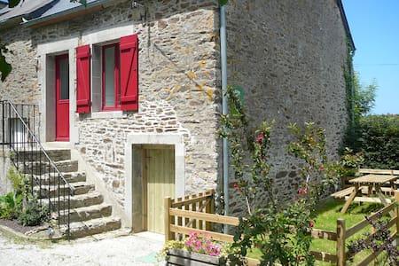 LES TROIS PIERRES - Pleurtuit - House