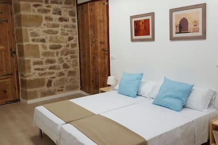Habit. doble con baño Valderrobres - Bed & Breakfast