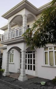 Cosy en-suite room near to Rose-Hill city center - Port Louis - House