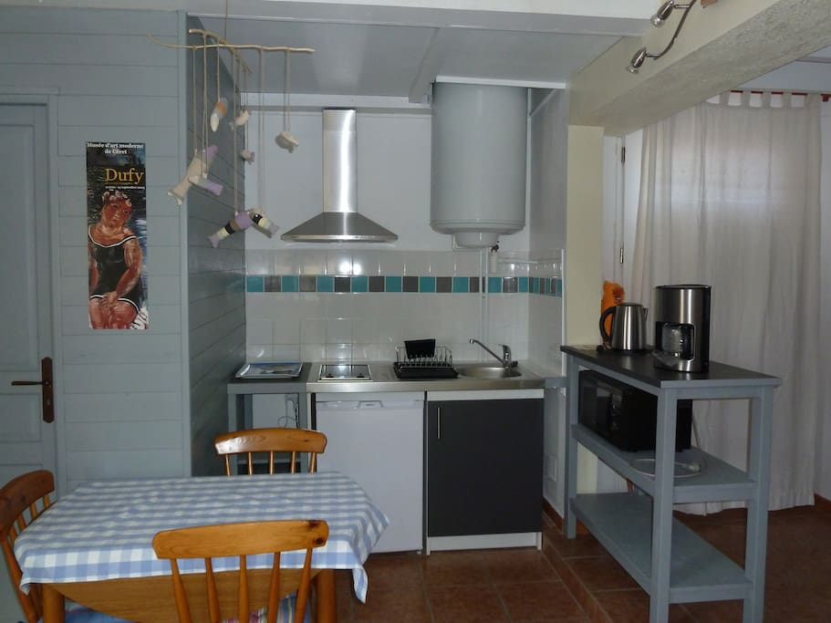 Appartement F2 ,dans villa .