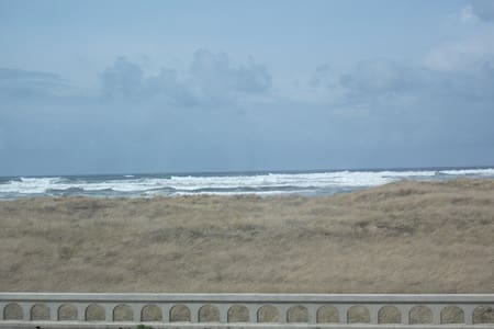Great View- Oceanfront Condo! (104) - Seaside - Appartement