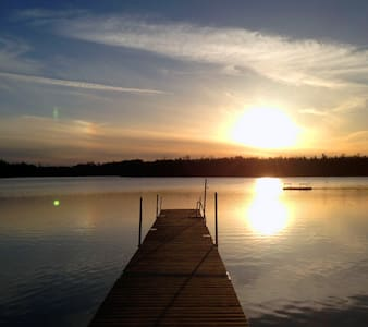 Swedish peace of mind - lakes, forest & idyll - Huis