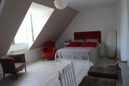 1 Chambre dans maison individuelle - Haus