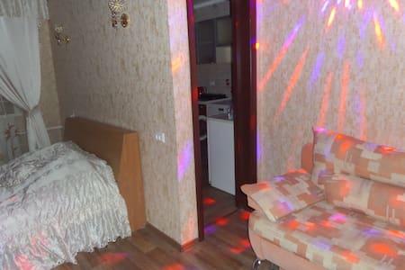 Квартира с еврорем. и нов.мебелью - Pavlodar