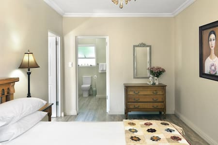 Grande Plaisir Protea unit (self-catering) - Franschhoek - Apartment