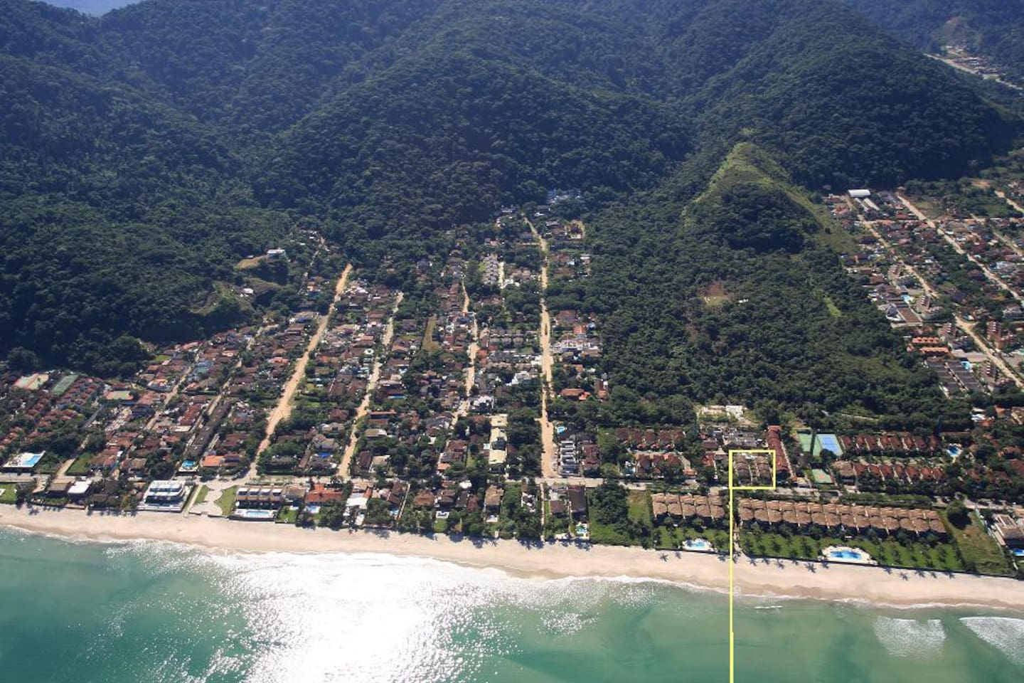Arial view of Juquehy beach